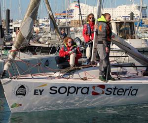 Adhésifs sponsors pour coque de bateau